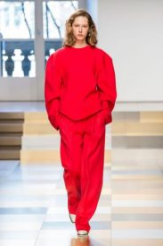 elle-mfw-fw17-collections-jil-sander-40-imaxtree-332x500
